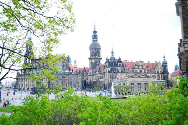 anna.freakingloud.net.2012.may.01